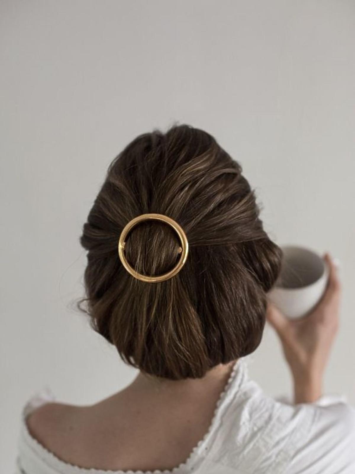 Upięcia włosów krótkich