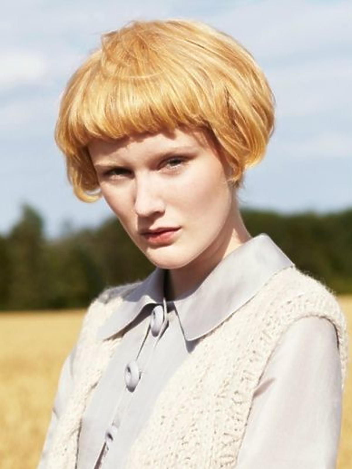 Krótka, chłopięca fryzura w kobiecym wydaniu