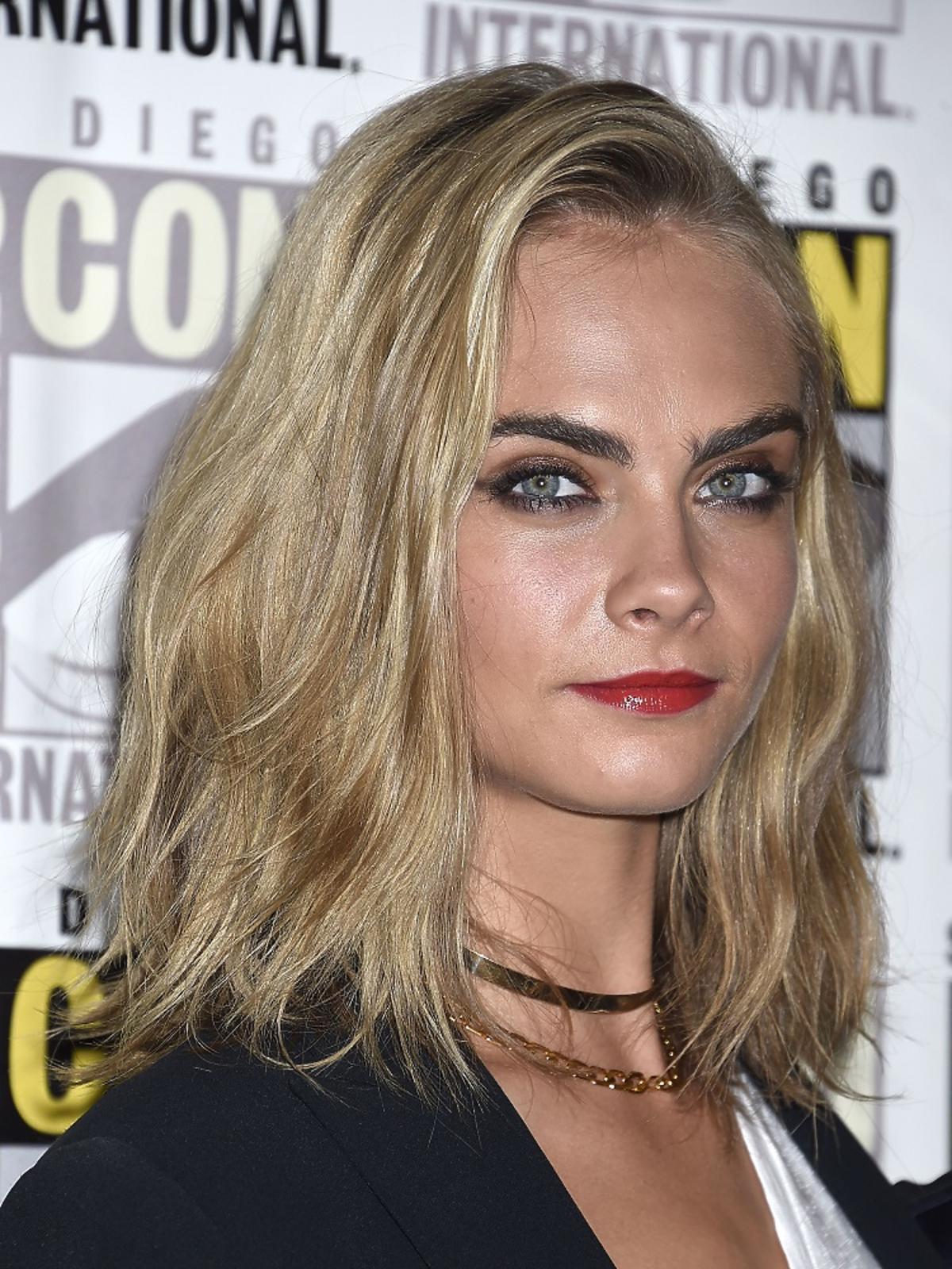Cara Delevingne w krótszych włosach. Lepiej czy gorzej?