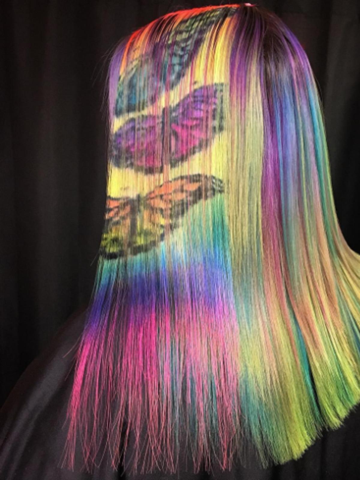 Motyle na włosach