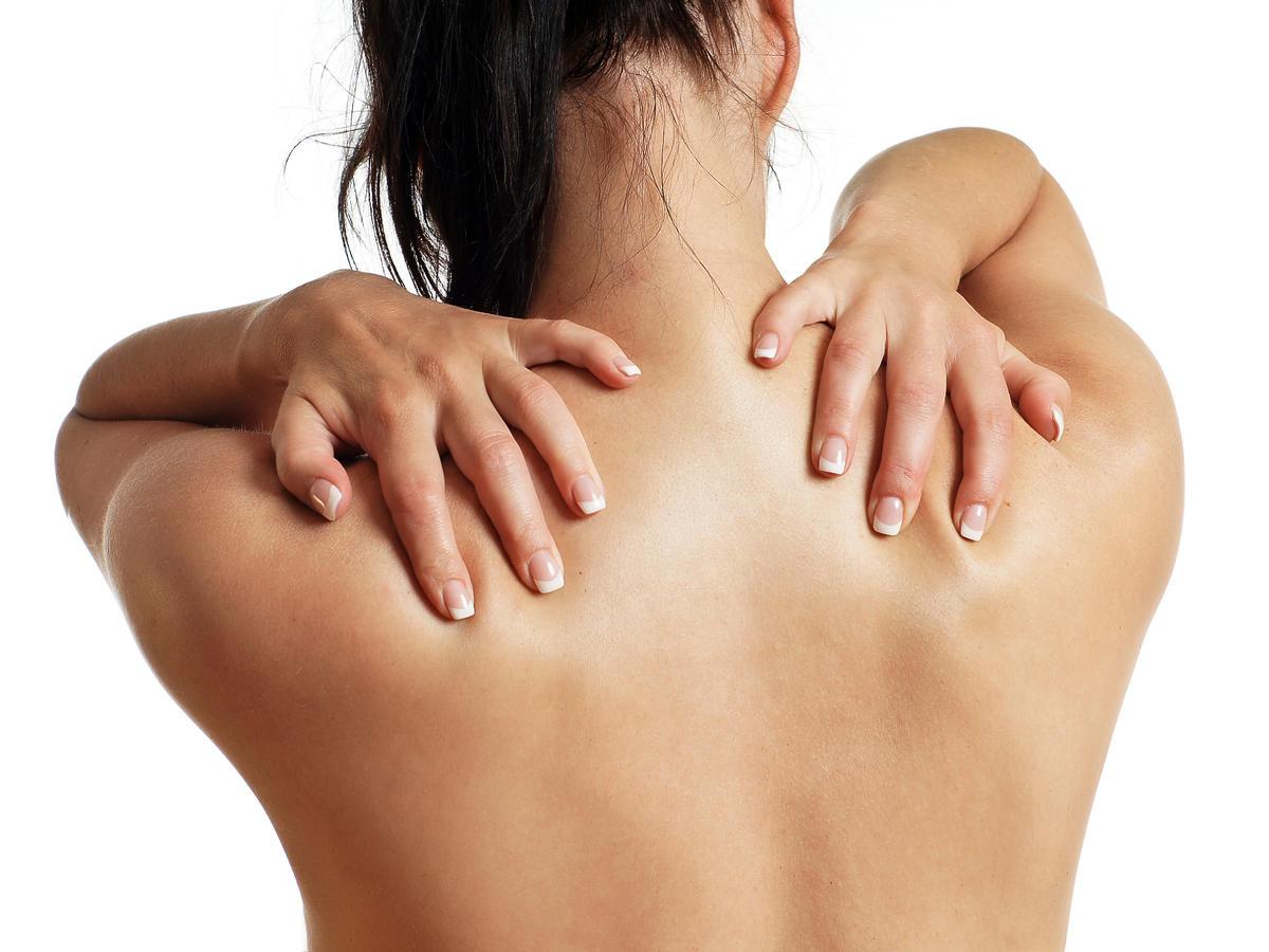 Nadmiar tkanki tłuszczowej na plecach