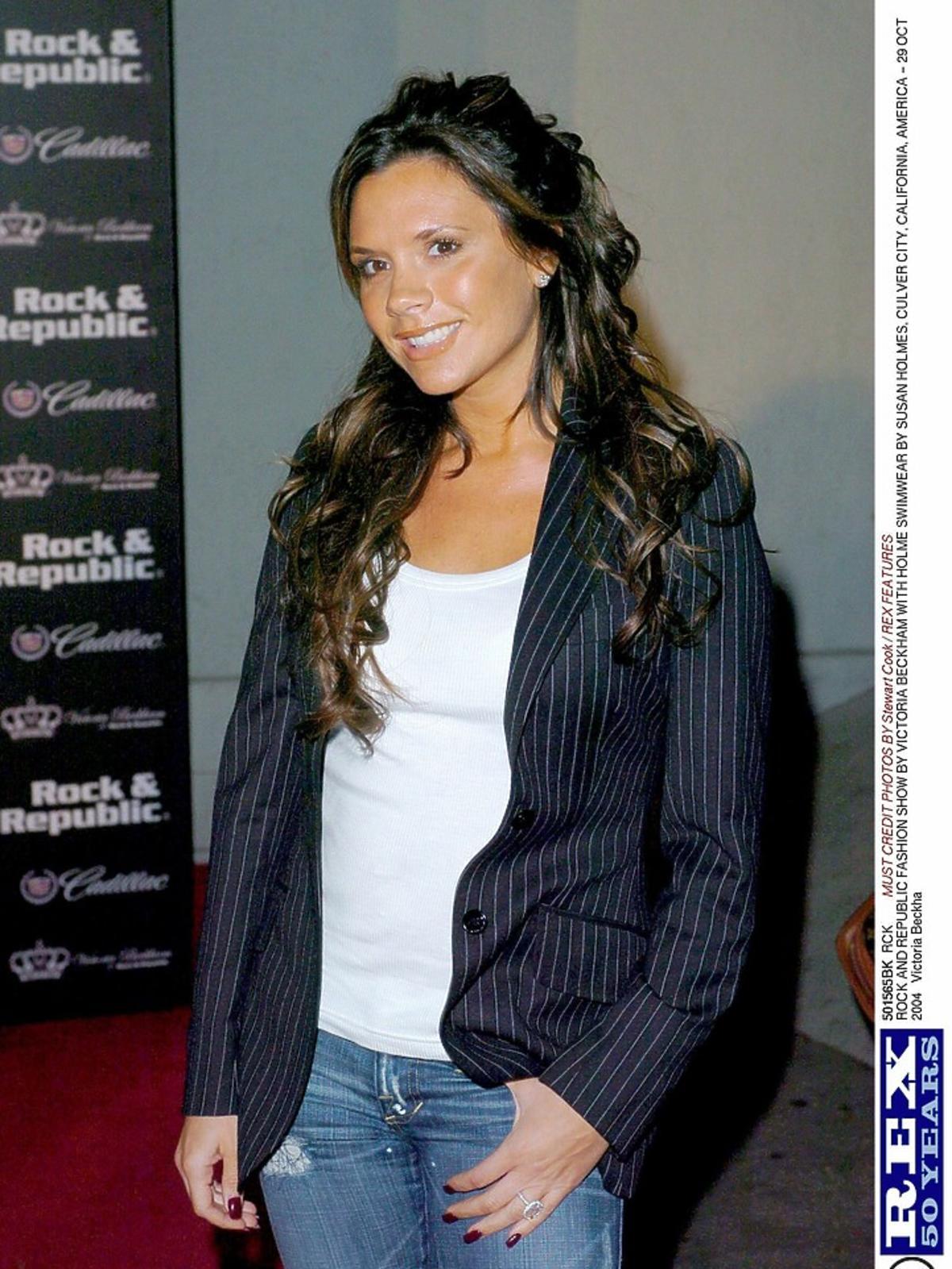 Victoria Beckham w 2004 roku