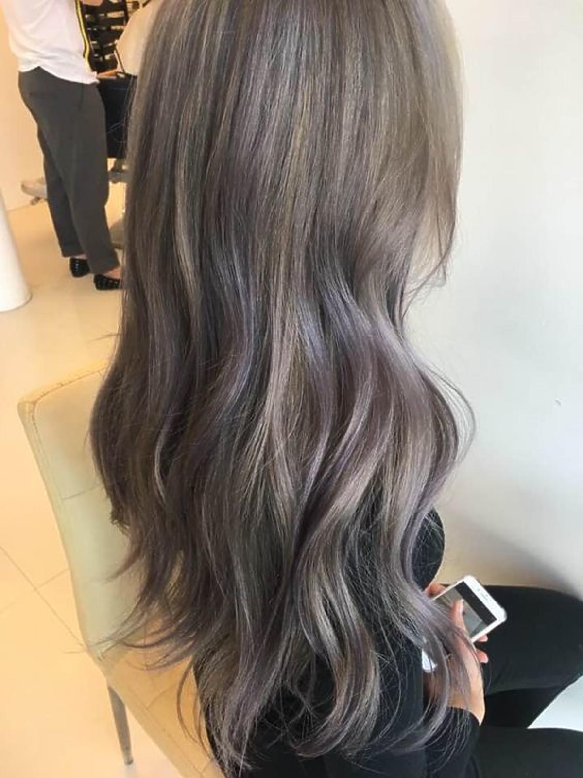 Koloryzacja ashy brown