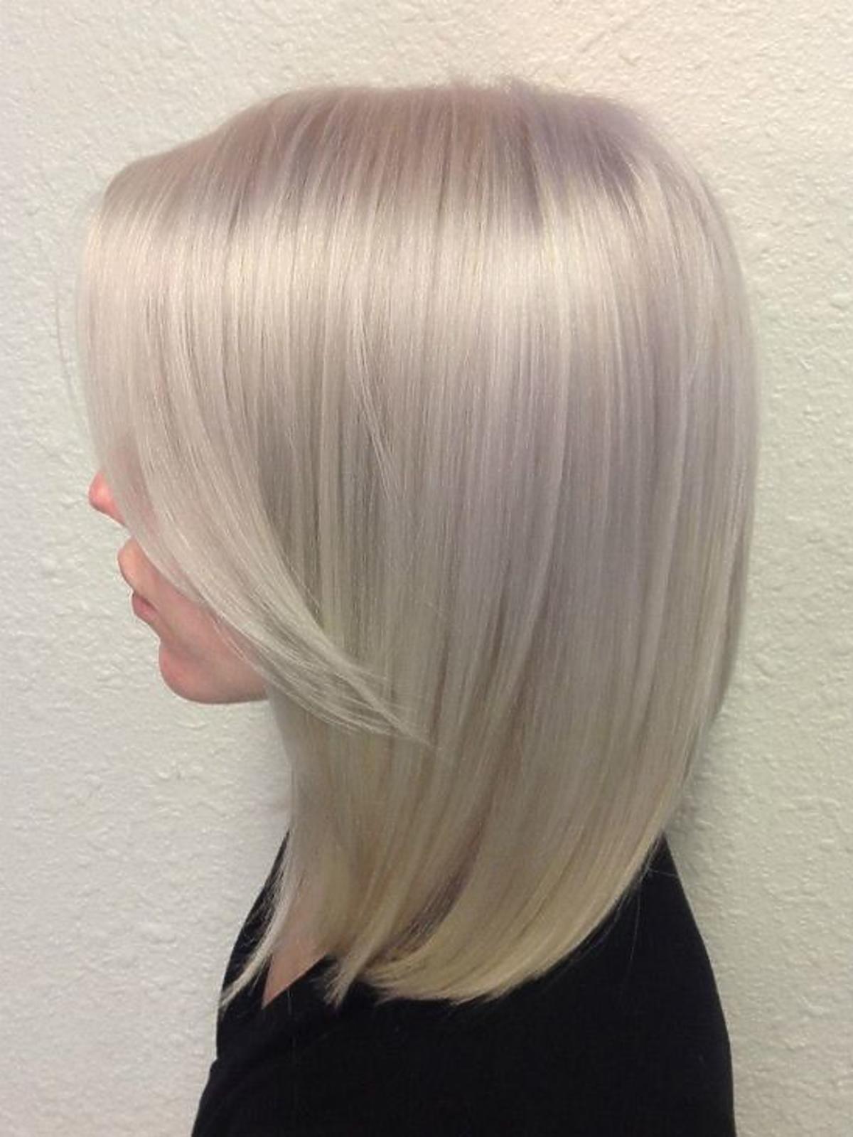 Perłowa koloryzacja włosów