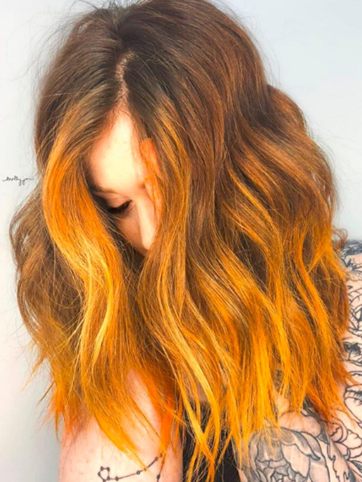 Musztardowe włosy