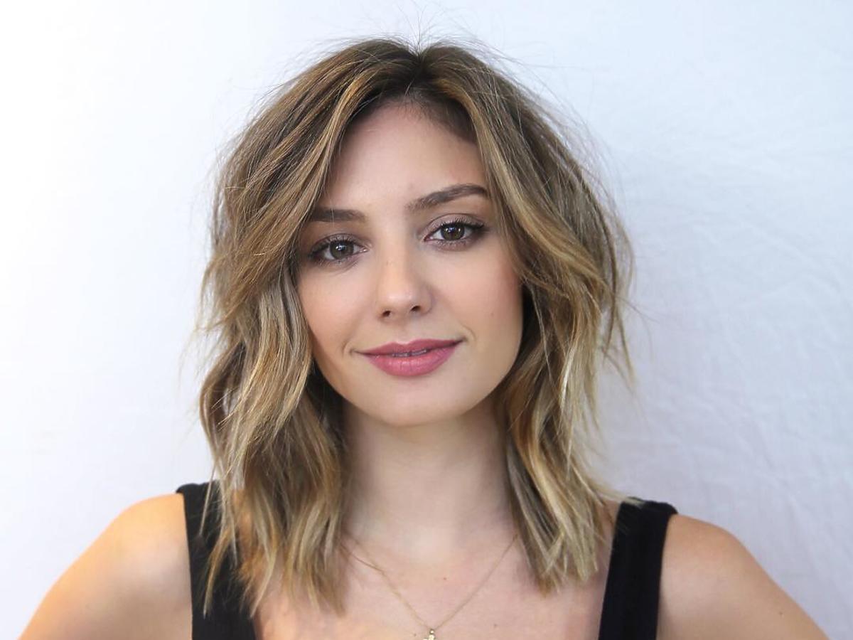 Kwadratowa twarz - massy hair