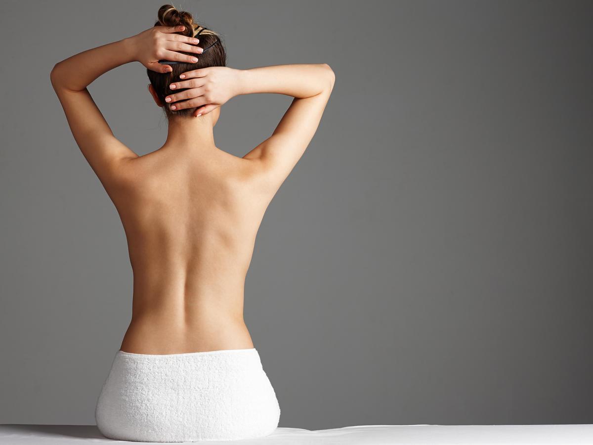 Wiotka skóra na plecach