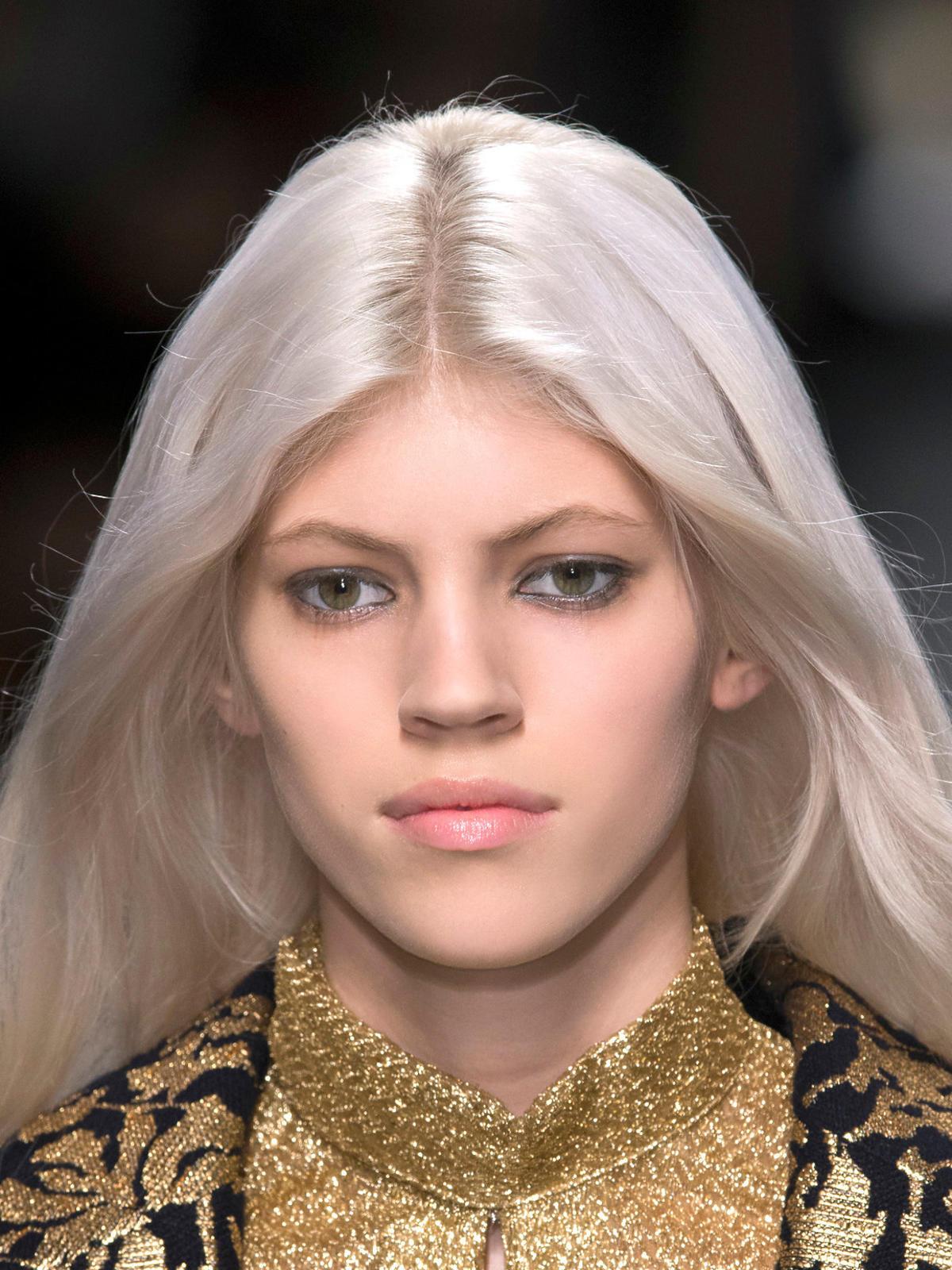 Platynowy blond Blumarine na jesień 2014