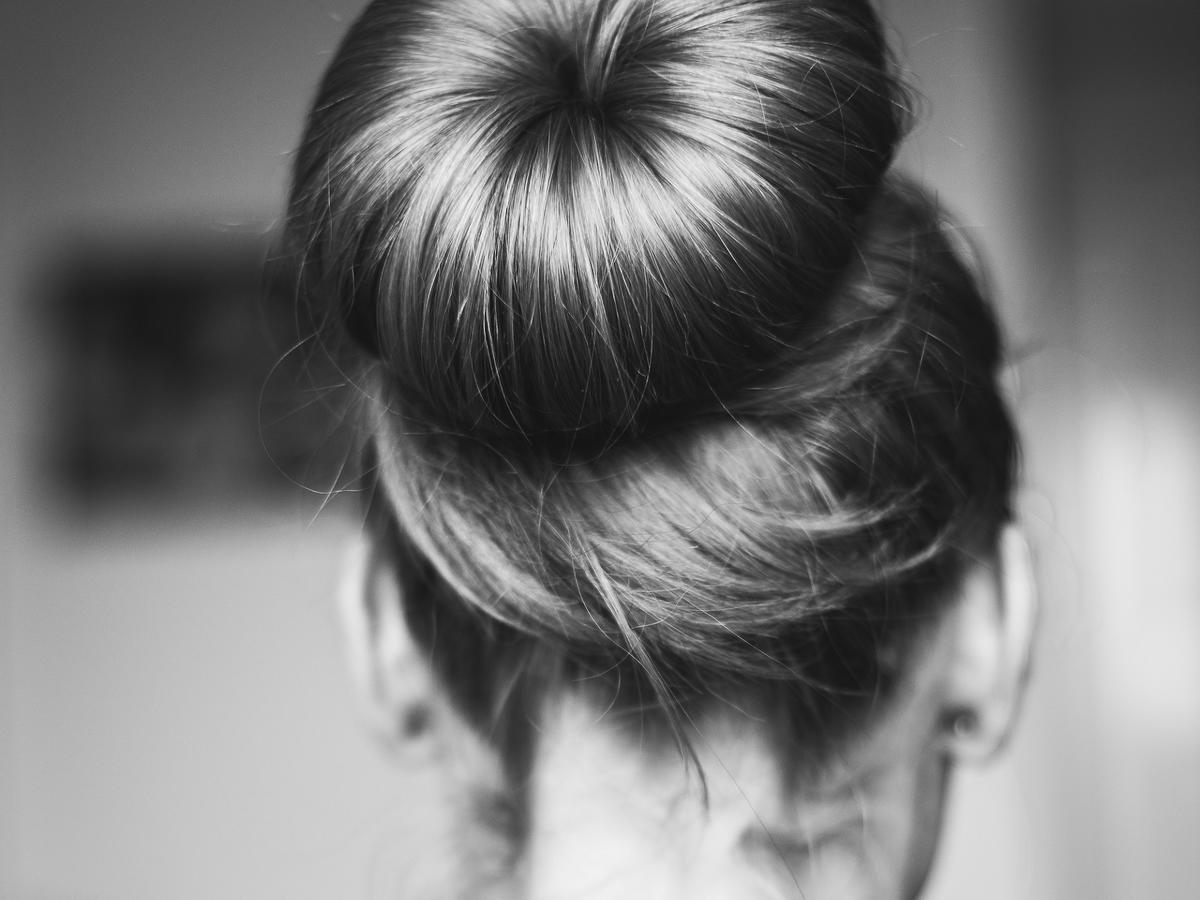 5 włosowych mitów, które obala trycholog