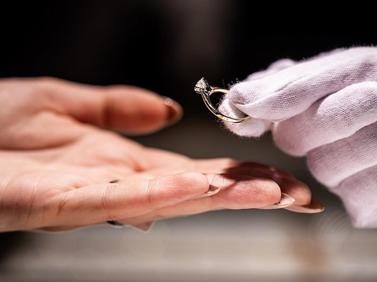 aclari-pierscionek-zareczynowy