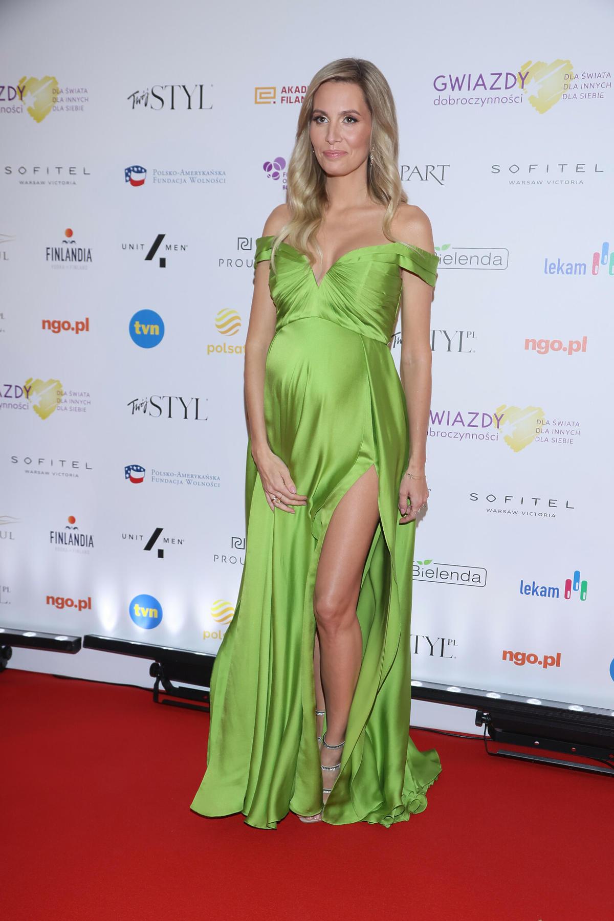 Agnieszka Hyży w zielonej sukni