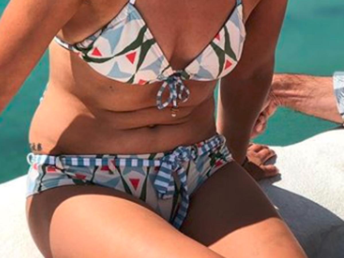 agnieszka sienkiewicz w bikini