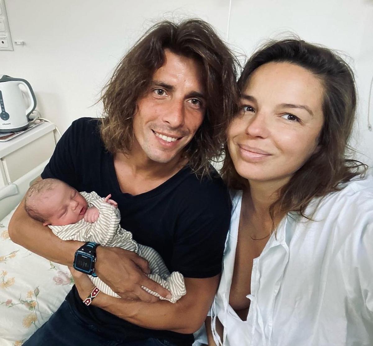 Agnieszka Włodarczyk urodziła, pokazała twarz maluszka
