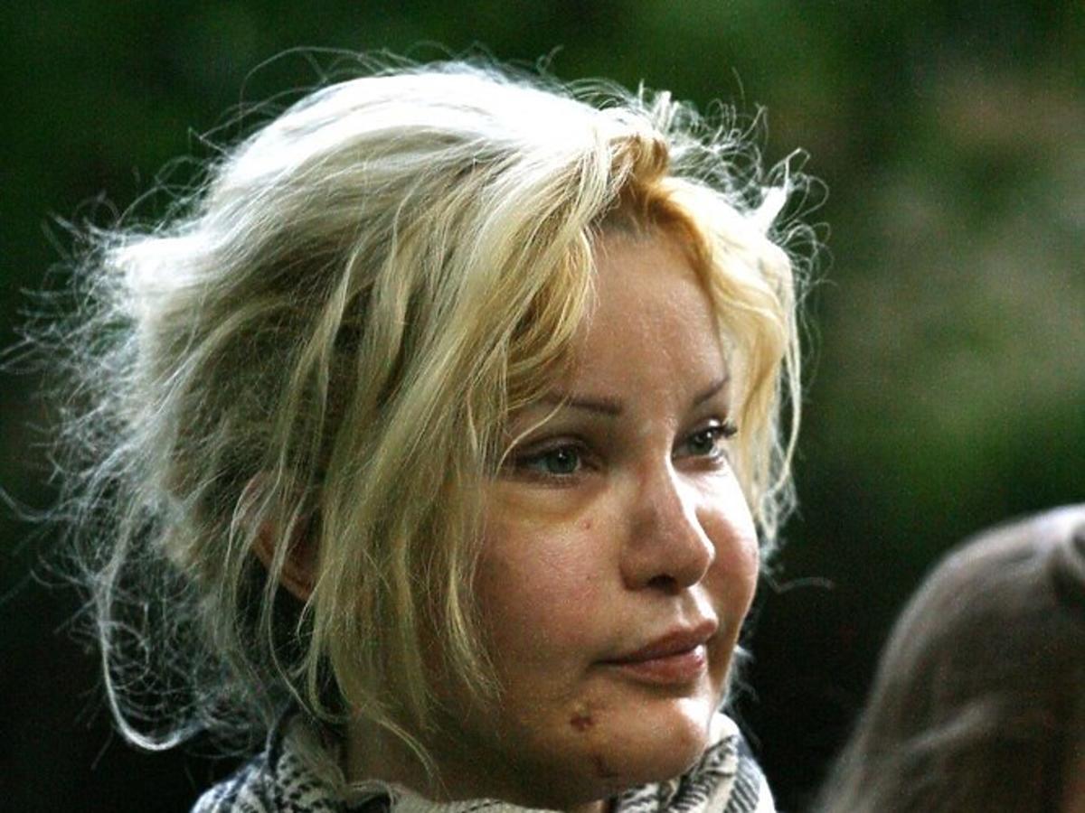 Alicia Douvall