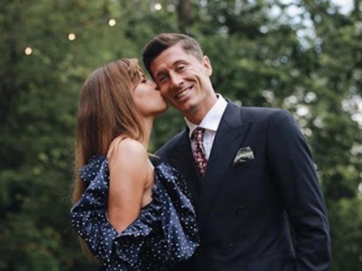 Anna i Robert Lewandowscy na weselu