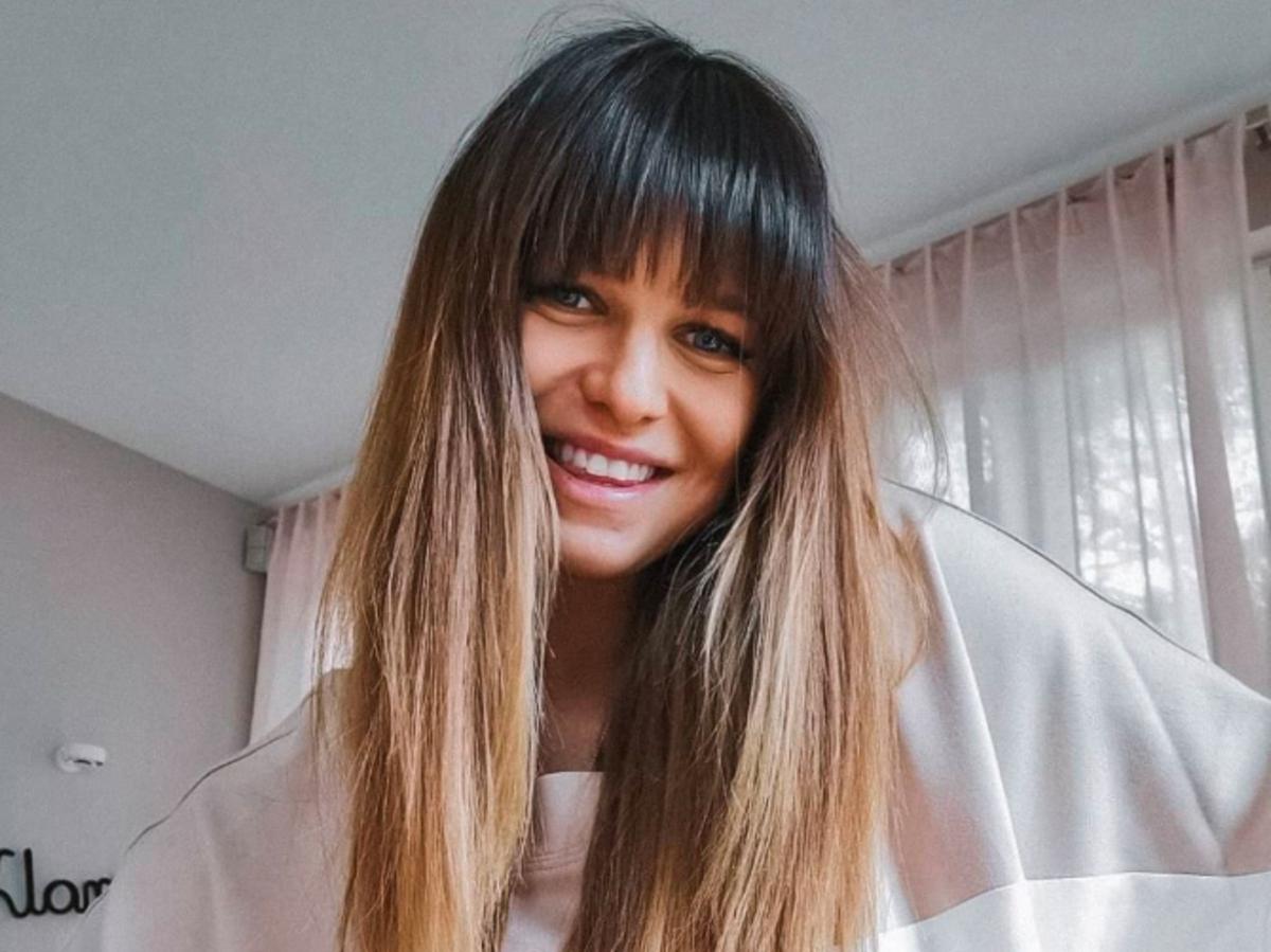 Anna Lewandowska chwali się  płaskim brzuchem zaledwie miesiąc po porodzie