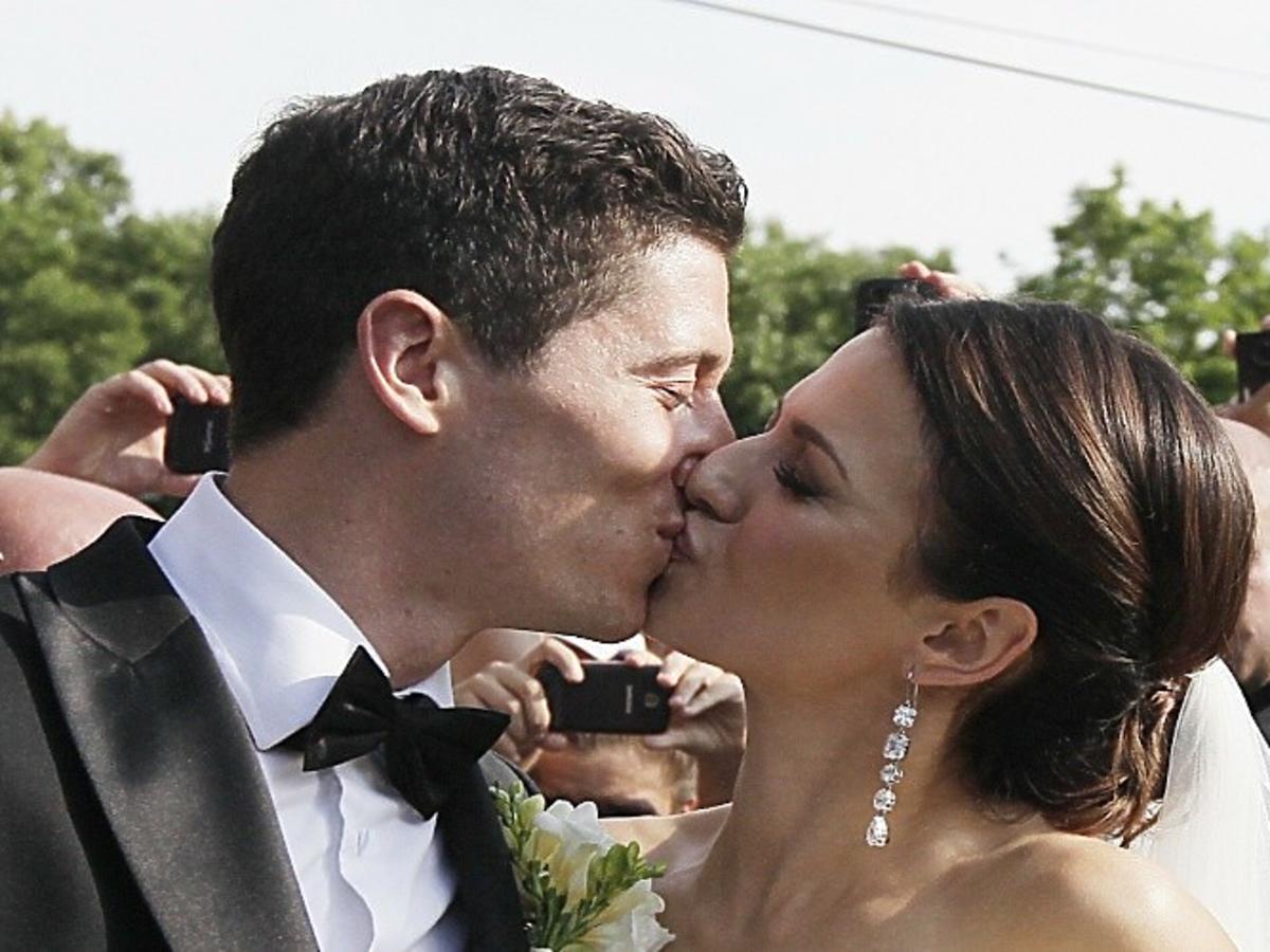 Anna Lewandowska i Robert Lewandowski na swoim ślubie