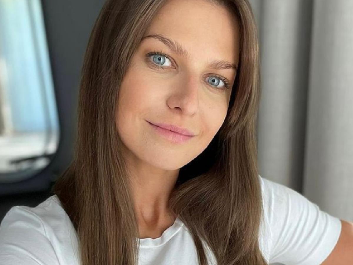 Anna Lewandowska w marynarce z Sinsay