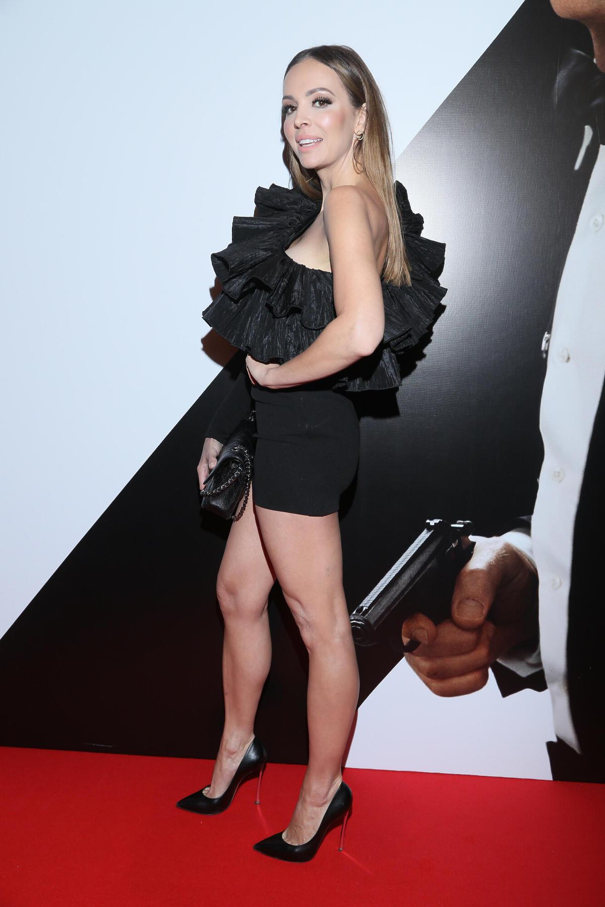 Anna Wendzikowska na premierze nowego filmu o Bondzie w ultrakrótkiej minisukience