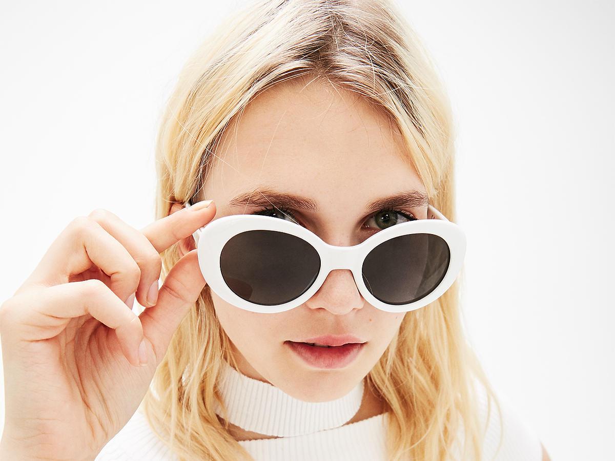 białe okulary retro hit lata
