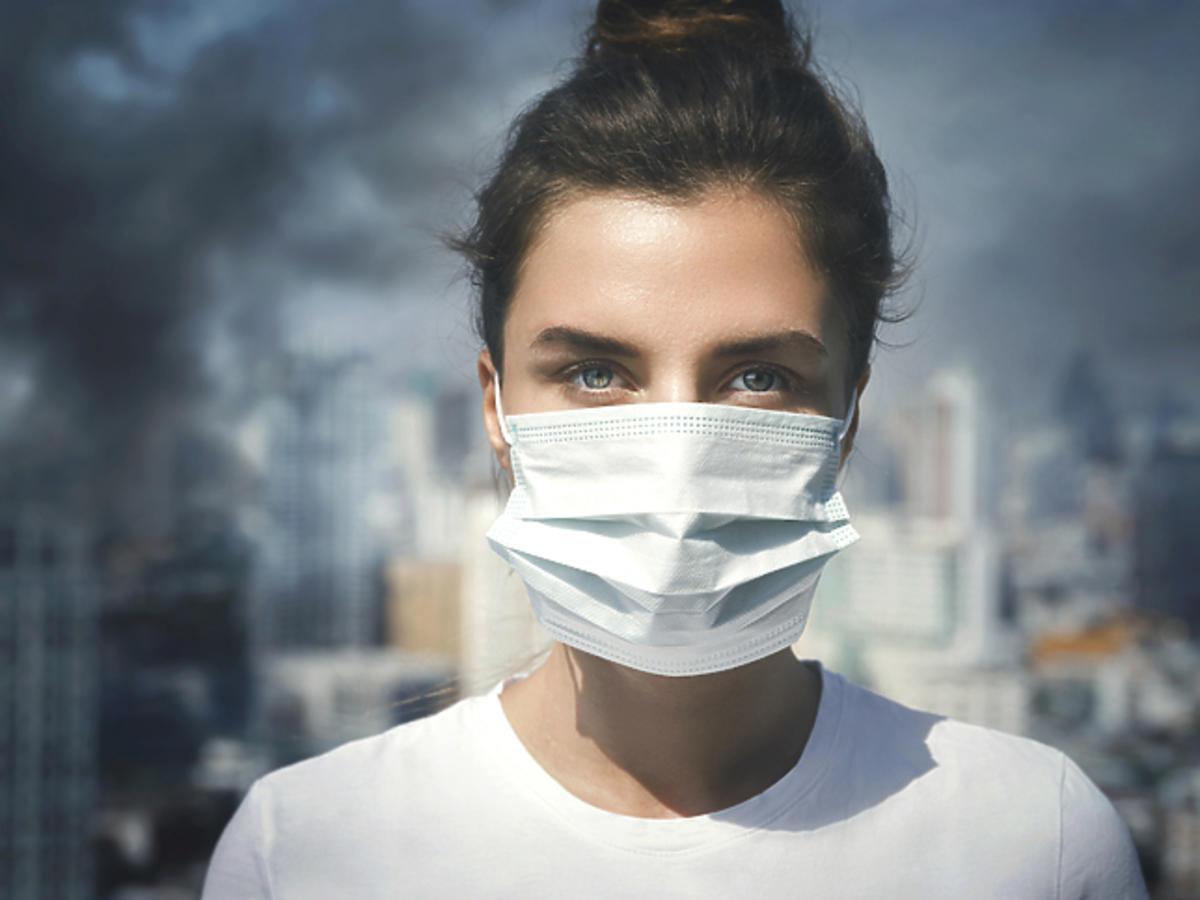 Biedronka sprzedaje maski ochronne