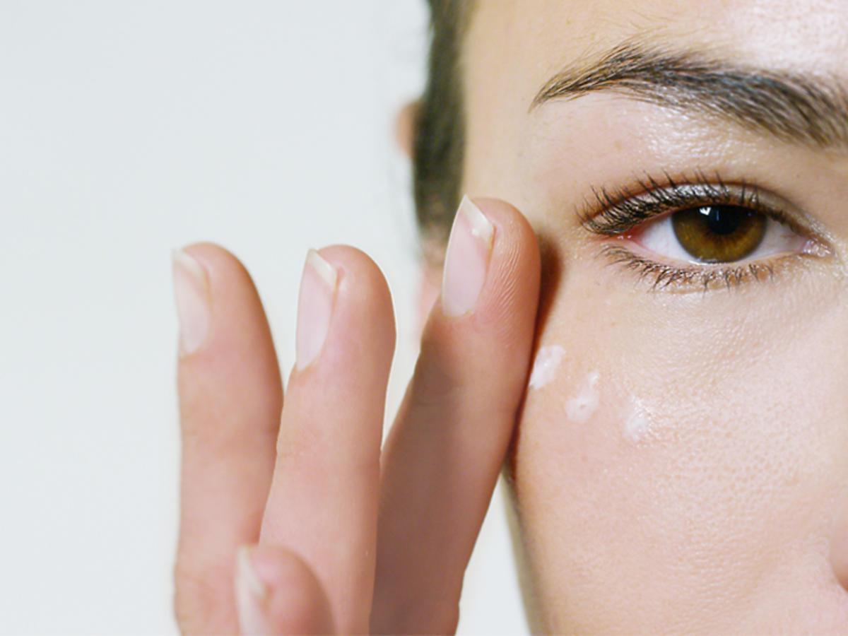 cienie pod oczami przyczyny choroby dieta krem zabiegi