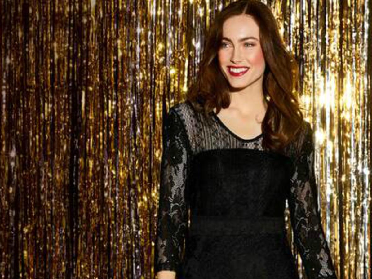 czarna sukienka z koronki na sylwestra 2019 w lidlu