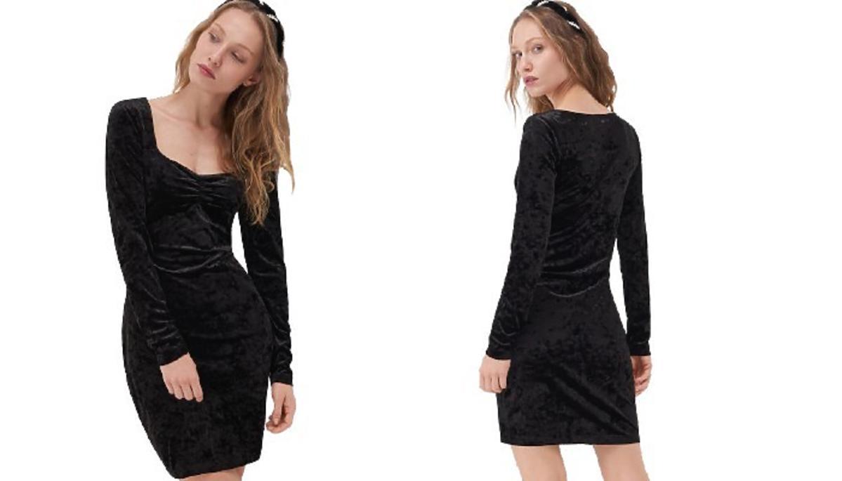 Czarna sukienka z Sinsay