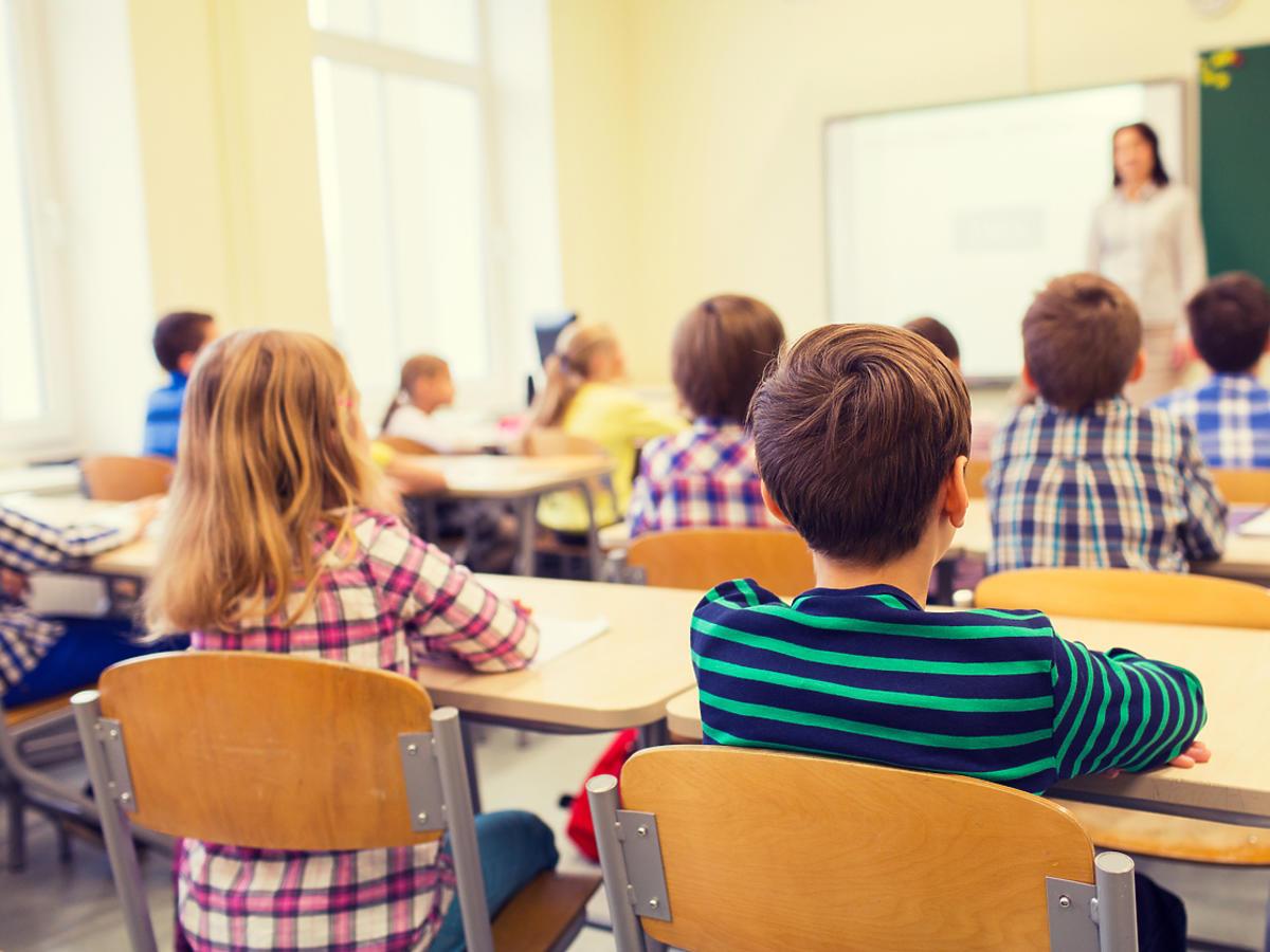Czy dzieci wrócą do szkół przed wakacjami