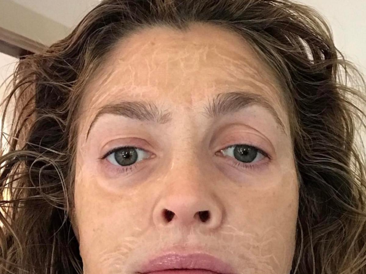 Drew Barrymore selfie