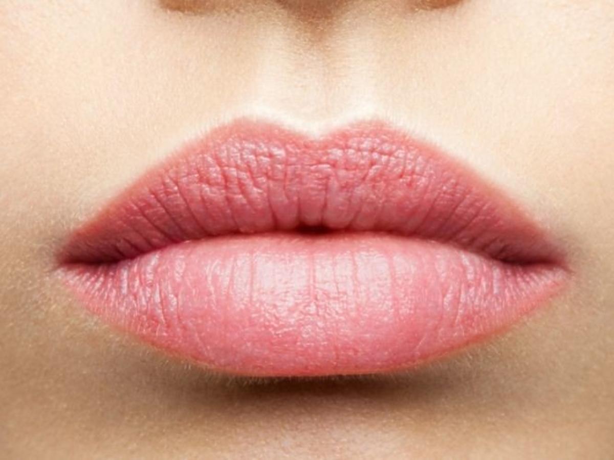 Duże usta kobiety