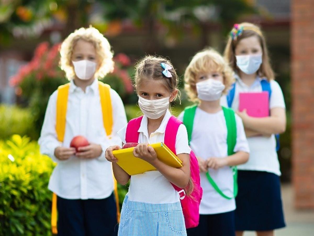 Dzieci pójdą do szkoły w maseczkach