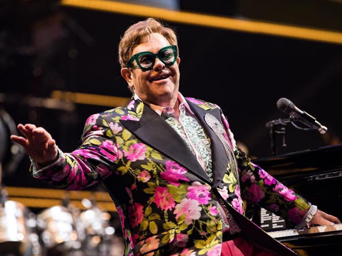 Elton John musiał przerwać koncert z powodu choroby