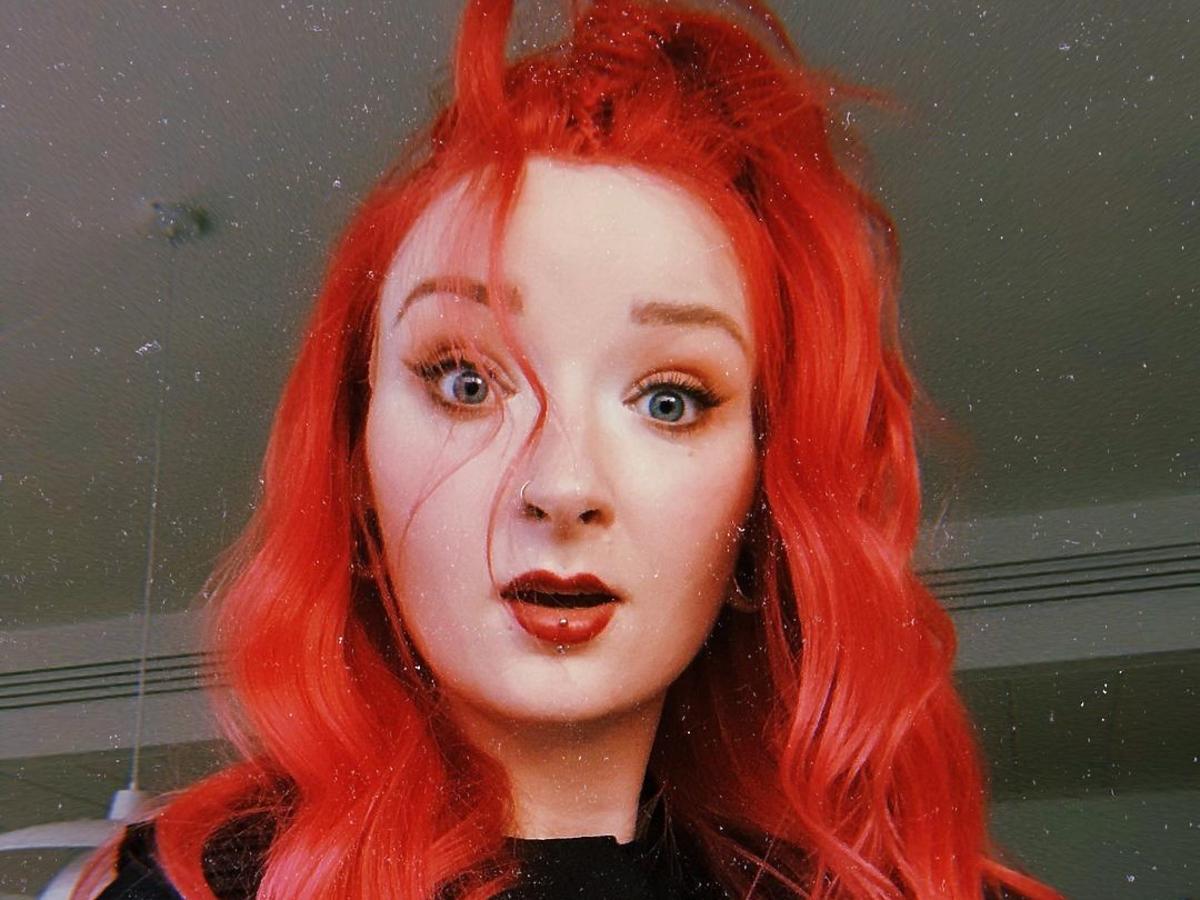 Ewa Red Lipstick Monster