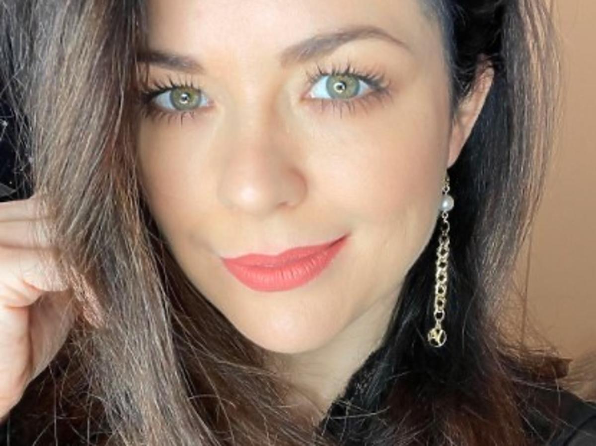 Fani zarzucają Katarzynie Cichopek, że tuż przed Dniem Kobiet podwyższa ceny w swoich sklepach