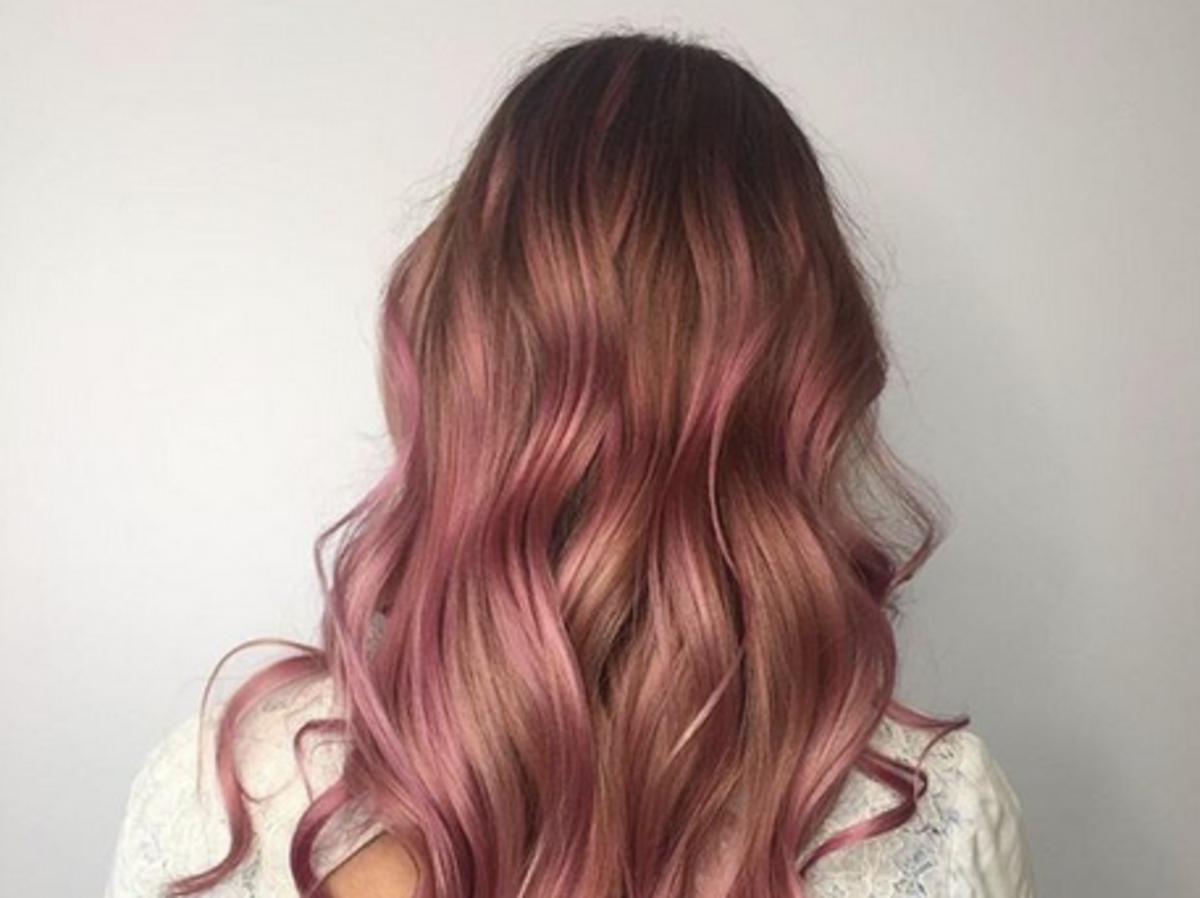 farbowanie włosów odżywką