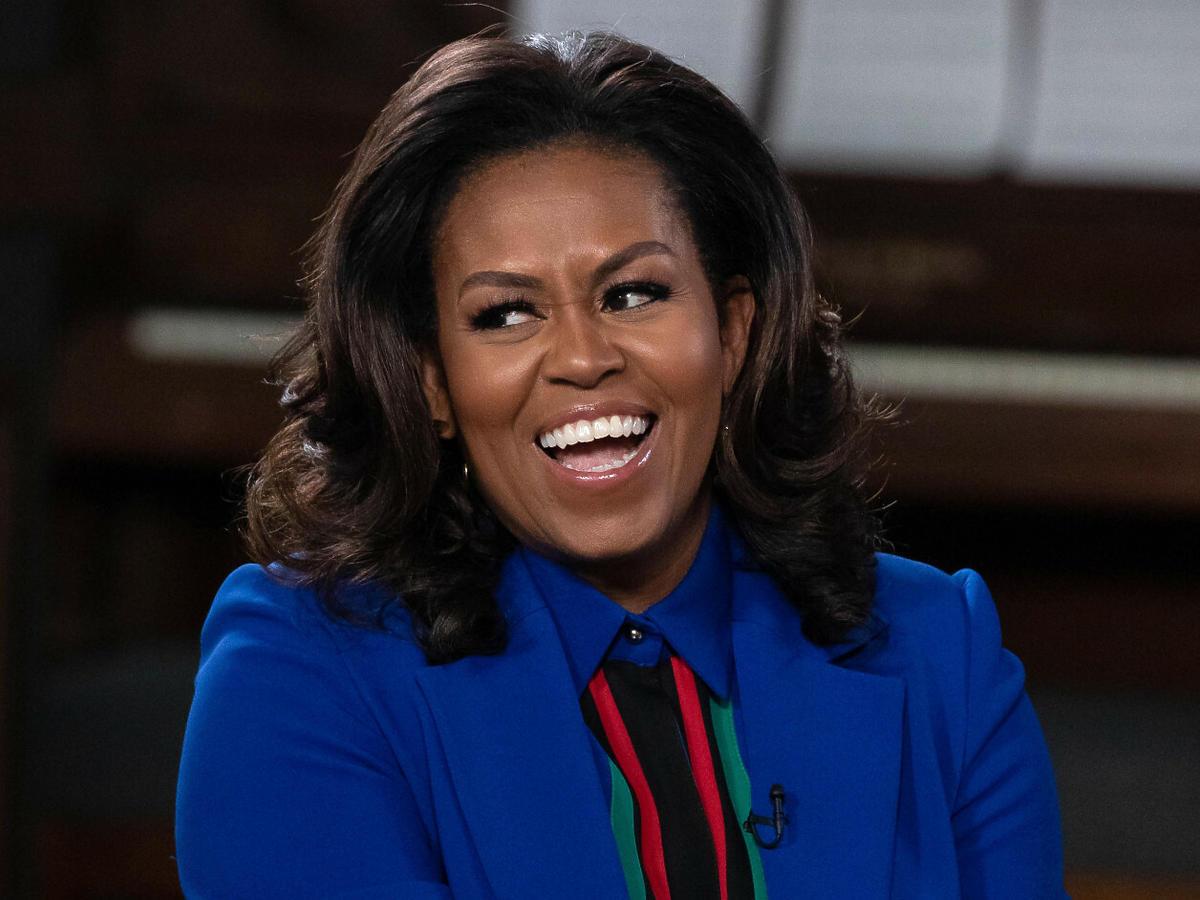 """Fryzura Michelle Obamy z zaprzysiężenia Bidena stała się hitem sieci. """"Jej włosy były dziełem sztuki"""""""