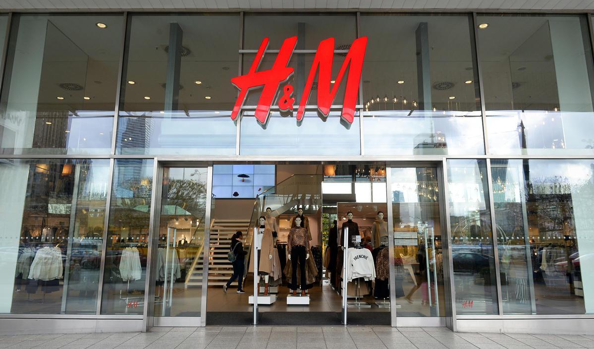 H&M zamyka setki swoich sklepów. To koniec popularnej sieciówki?!