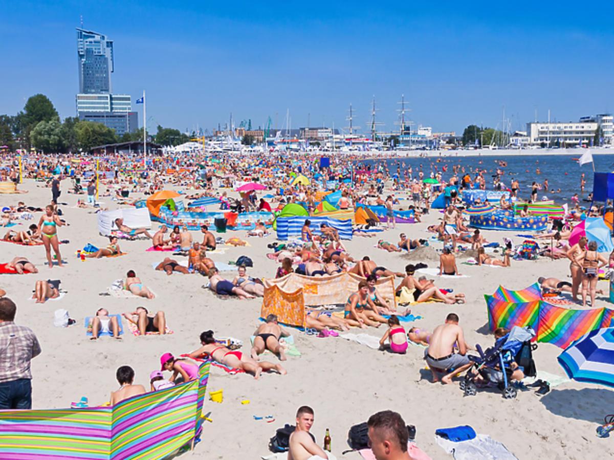 Jak będą wyglądały wakacje? Odpowiada rzecznik rządu