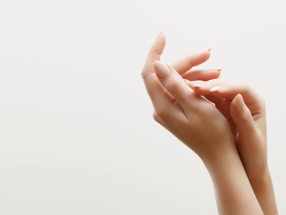 jak zapuścić paznokcie