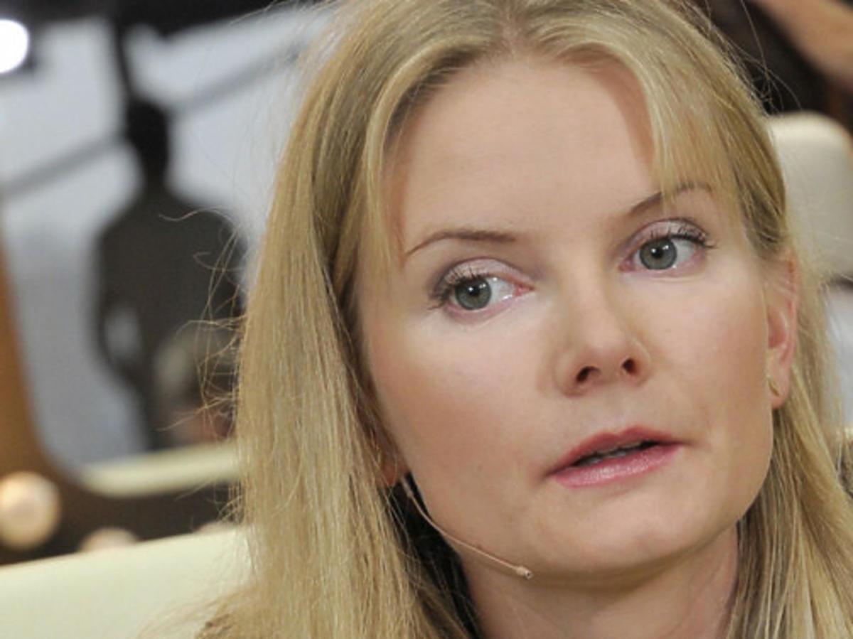Joanna Czechowska w czarnej bluzce