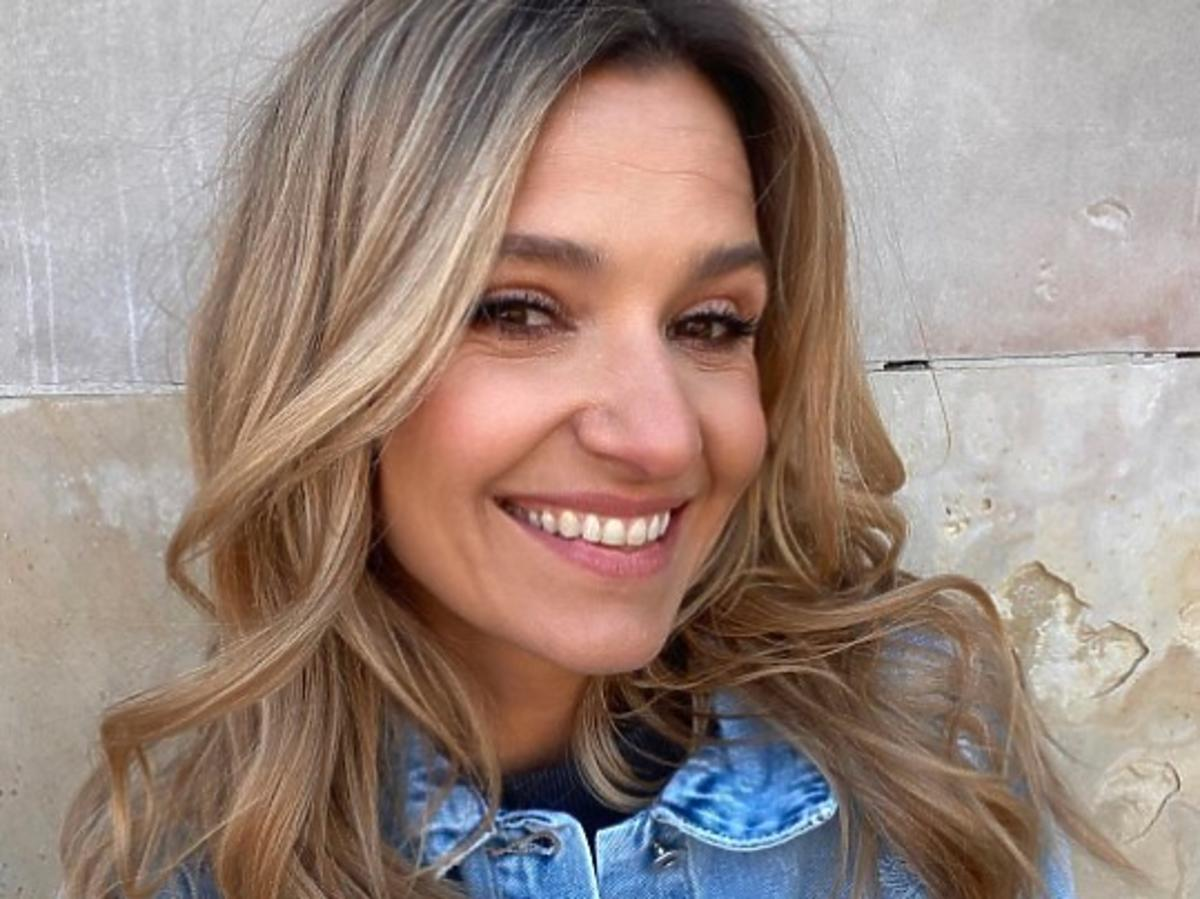 Joanna Koroniewska brunetką! Bez charakterystycznego blondu jest nie do poznania