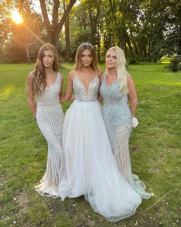 Joanna Opozda z mamą i siostrą na ślubie!