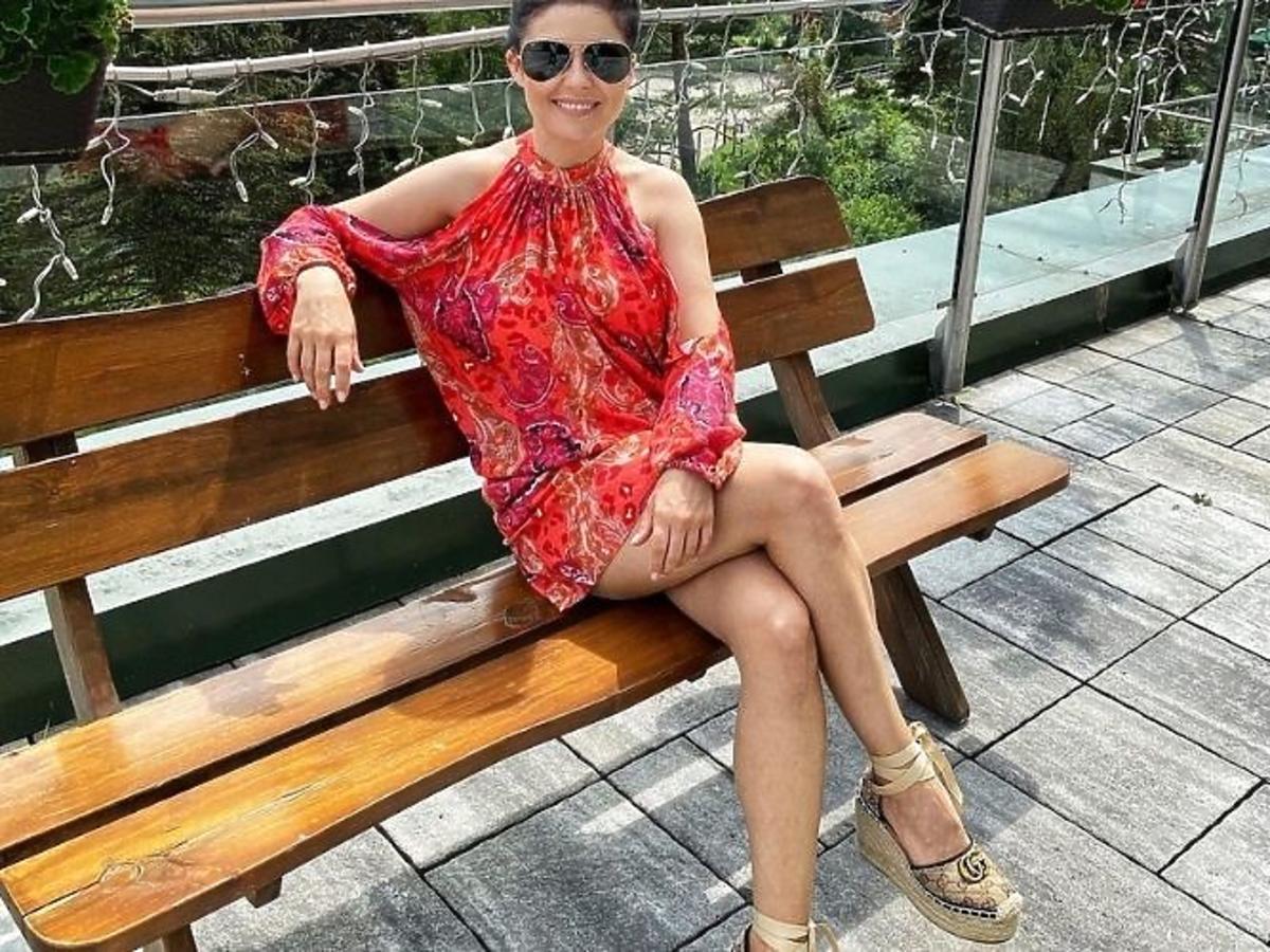Katarzyna Cichopek i espadryle Gucci