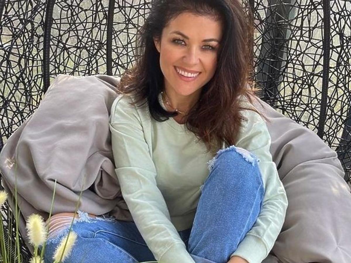 Katarzyna Cichopek w płaszczu na wiosnę z Sinsay