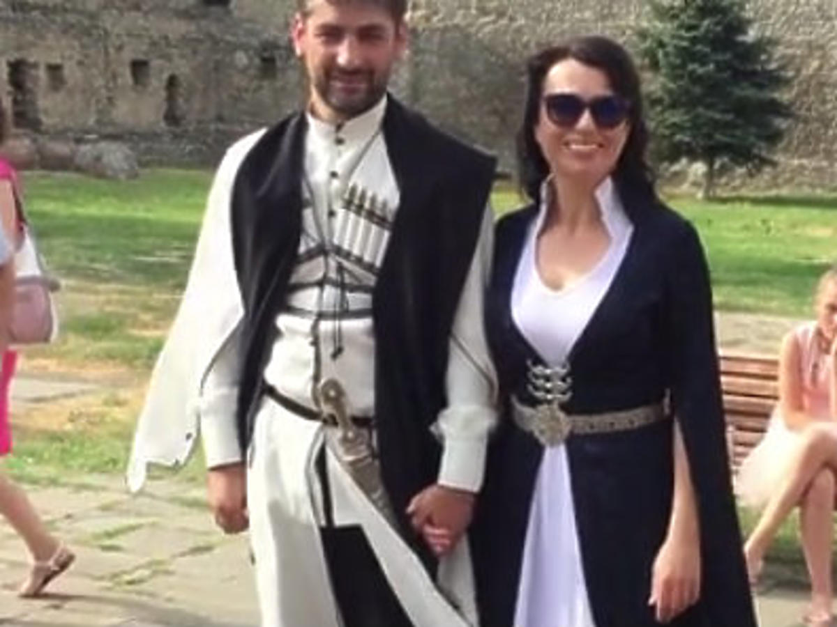 katarzyna pakosińska zdjecia ze ślubu suknia