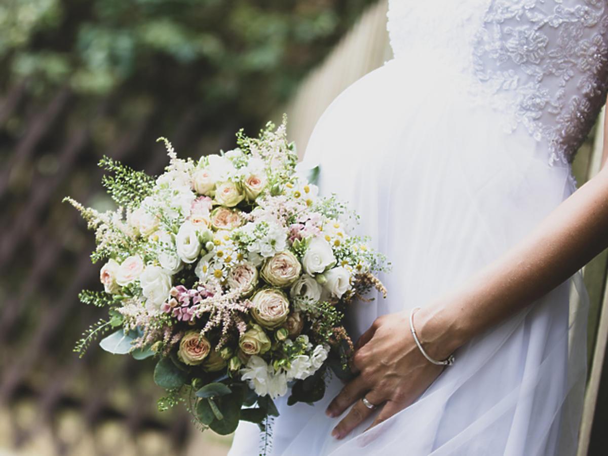 Kazała usunąć ciążę świadkowej przed ślubem