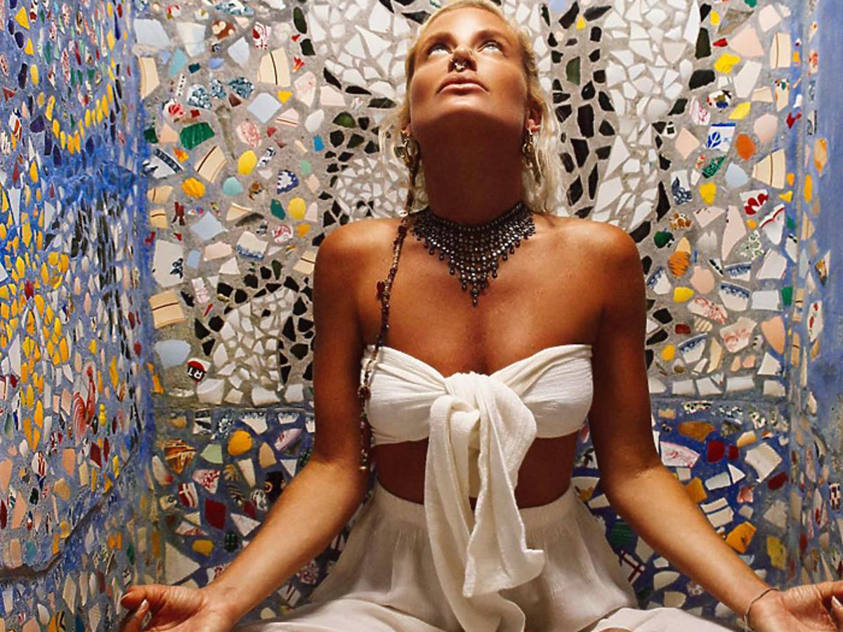 kobieta medytacja