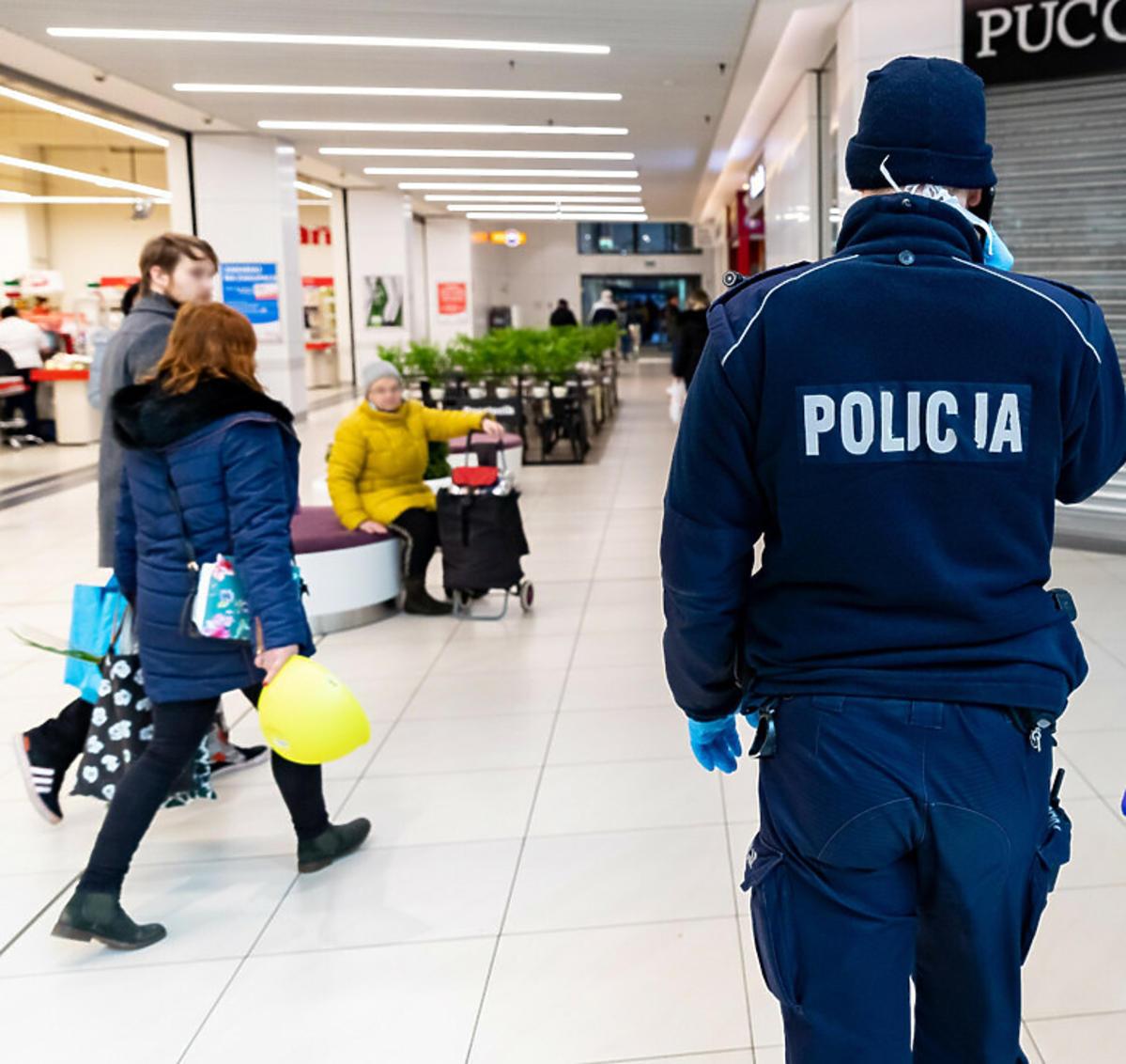 Kontrole policyjne w galeriach handlowych