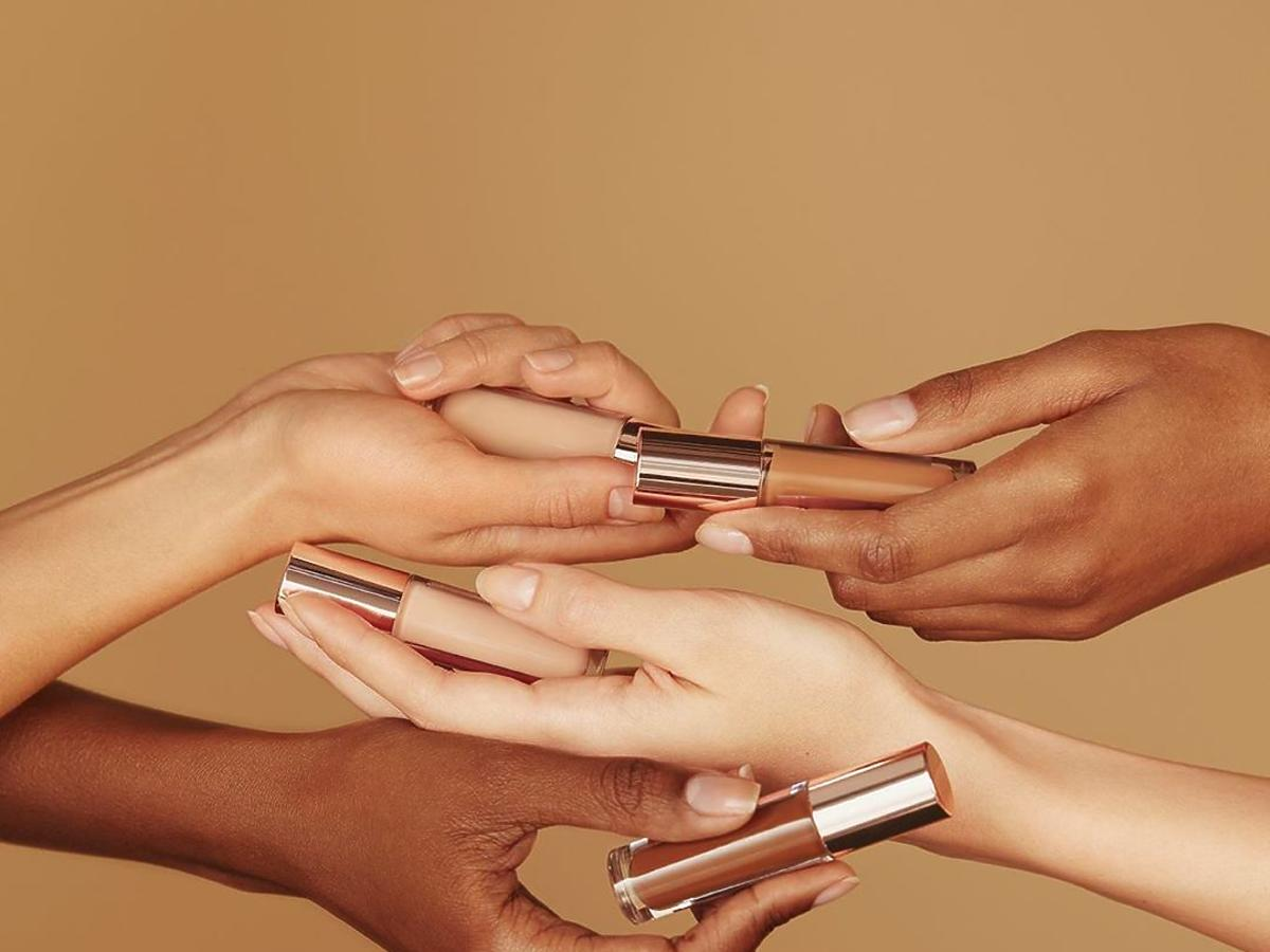 korektor conceal and define makeup revolution